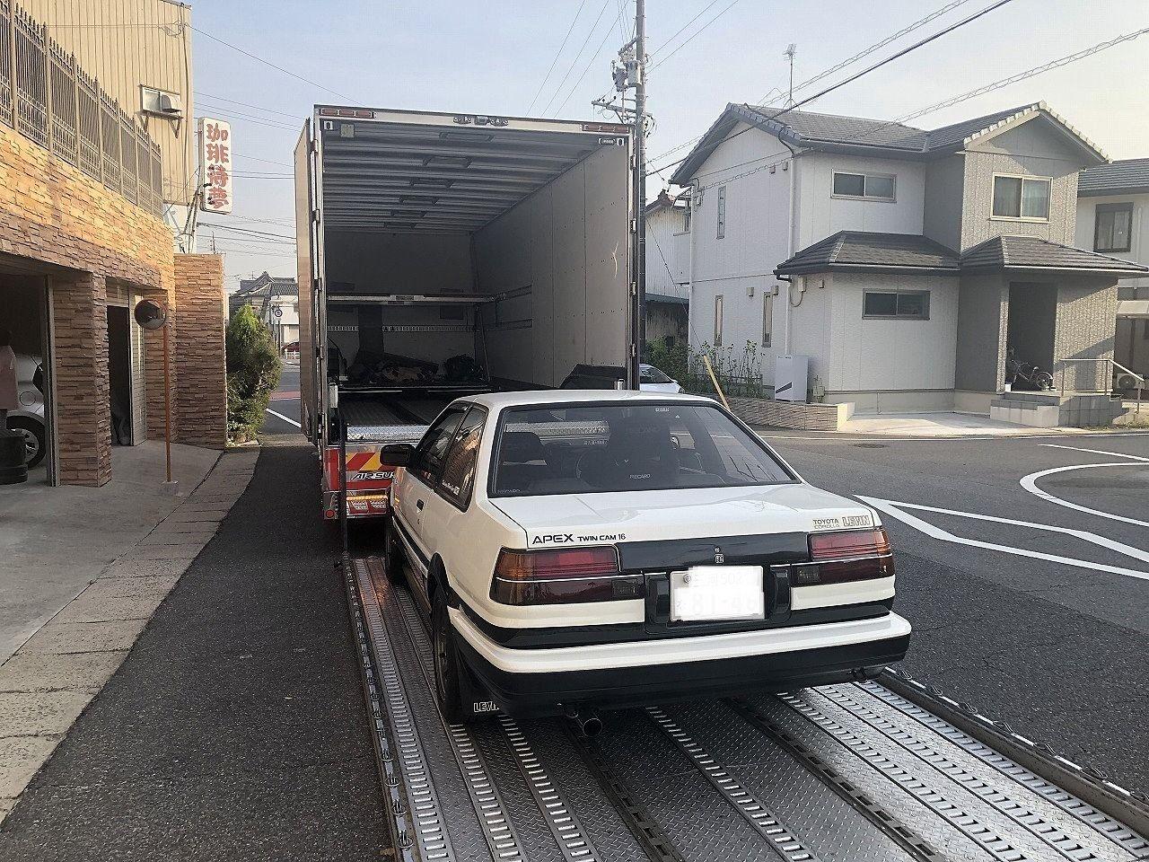 旧車の陸送は大変です!