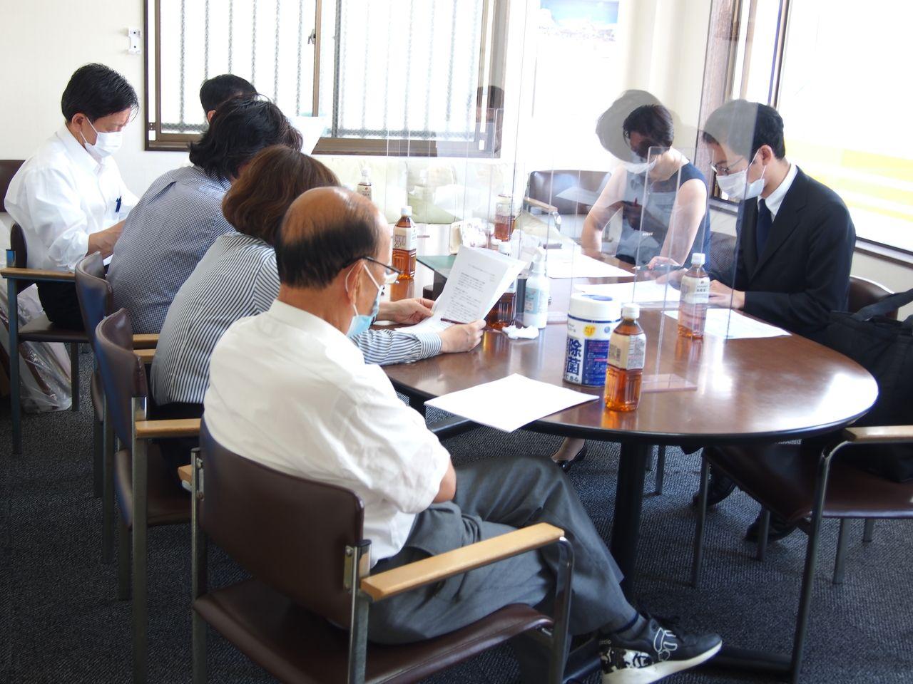 弁護士と定期勉強会