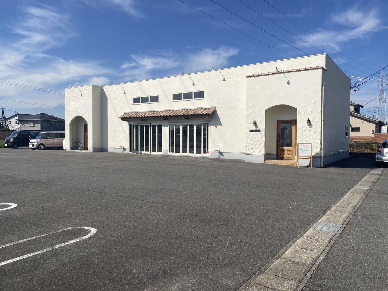 名古屋の東区のterre a terre(テーラ・テール)の半田店が2020年8月1日オープン!食材は有機栽培のものにこだわり、信頼できる生産の方から仕入れています。