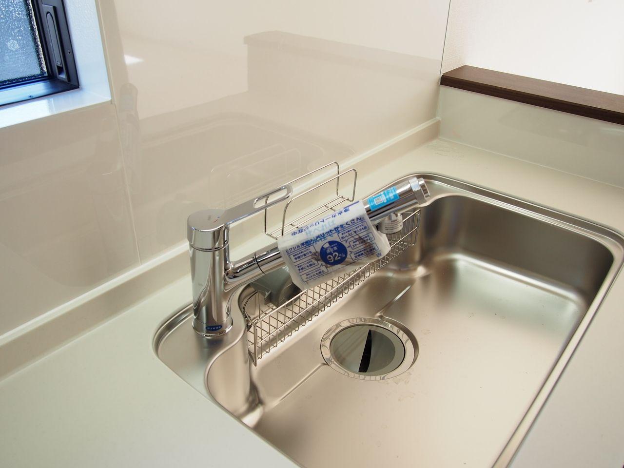 INAX 浄水器機能やシャワー、ホースも付いている多機能な水栓