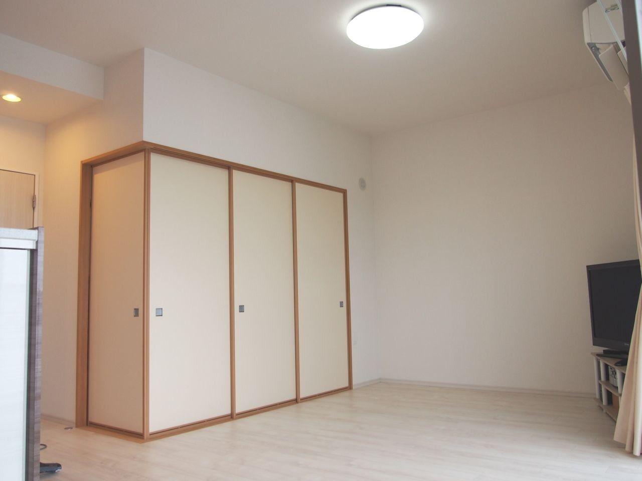 和室と続きになります。和室とあわせると、22.3帖の大空間です。