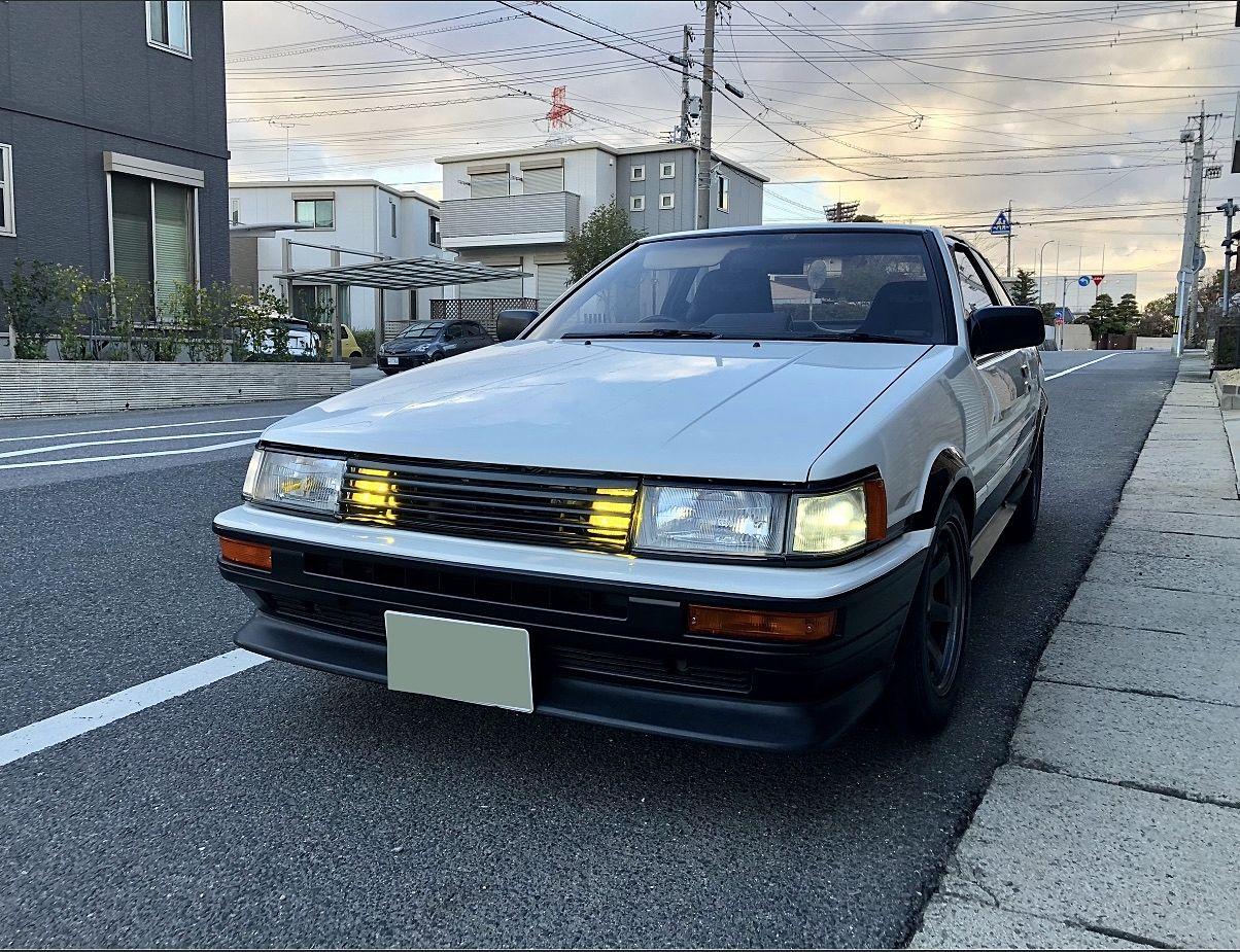 トヨタカローラレビン(AE86)